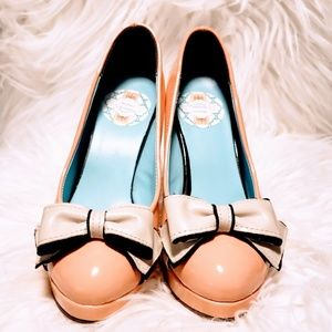 Playful Peach heels with Bow濾